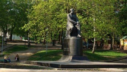 Г.П. Бессарабский. Памятник И. С. Тургеневу в Орле.