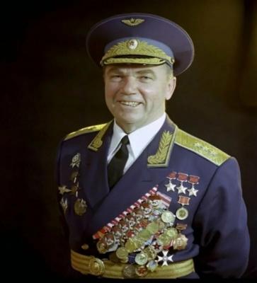 Иван Никитич Кожедуб