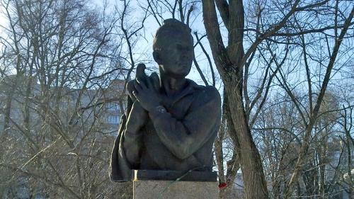 Памятник Вите Черевичкину. Скульптор Николай Аведиков, 1961 год, Ростов-на-Дону.