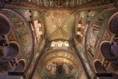 Базилика Сан Витале в Равенне